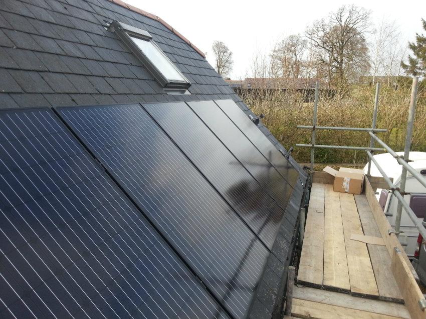 Solar PV outbuilding