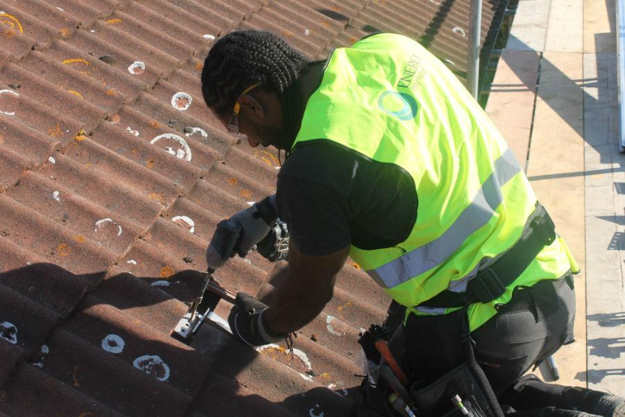 Jamie case study fixing roof hooks